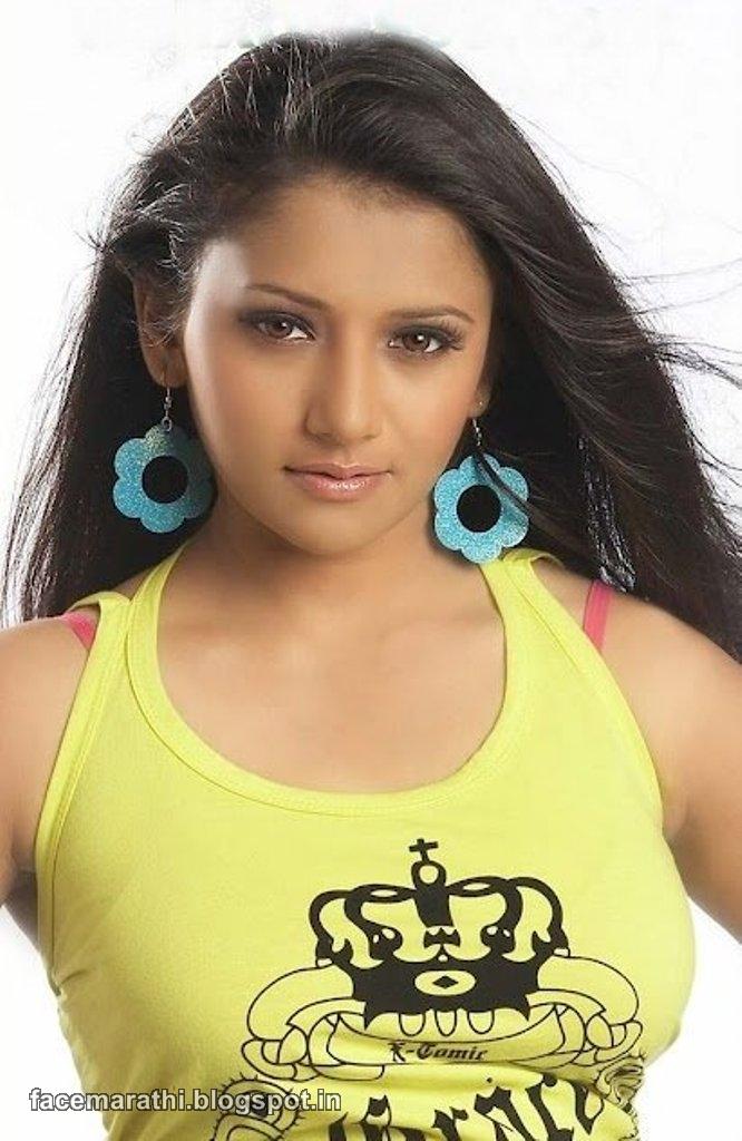Jui Gadkari Hot Sexy Photo Shoot Wallpaper Marathi Actress -6604