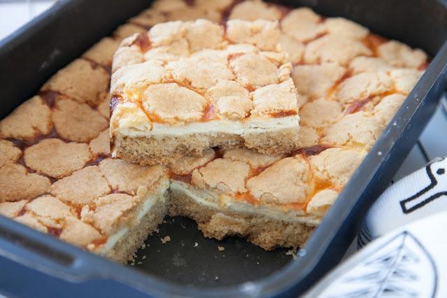 «Мозаичный» творожный пирог