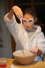 Exploring states of matter experimenting with Oobleck