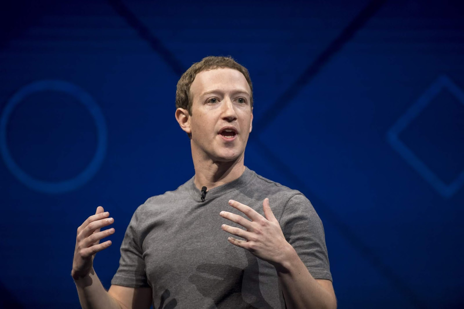 Facebook CEO Mark Zuckerberg Plans Public Debates About Technology