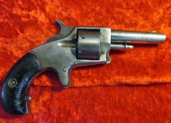 Centennial 1876 Revolver