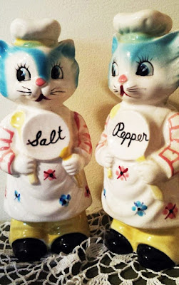 Vintage Chef Cats Salt Pepper Shakers