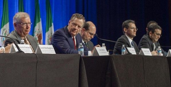 Canadá pide a Peña Nieto salario de 4 dólares la hora para mexicanos