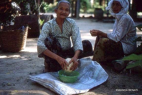 Donne malesi