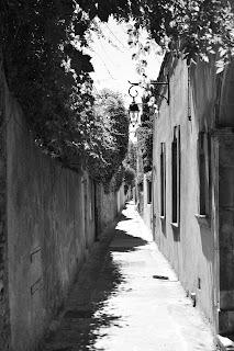 Petite rue à saint-Tropez