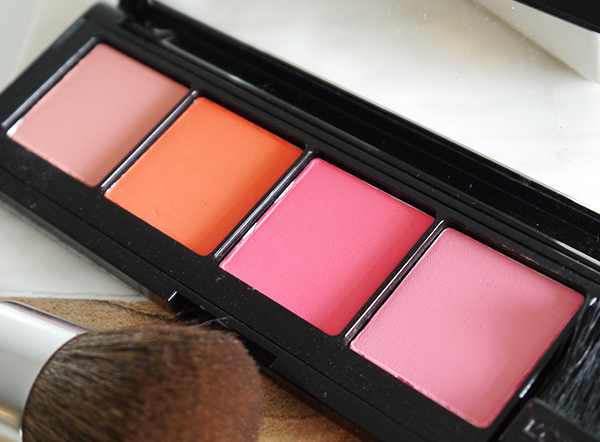 L'Oreal Infallible Paints Blush Palette detail shot