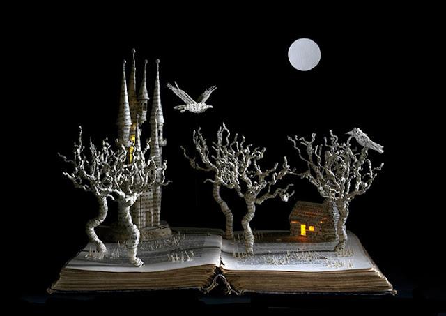 立体的で幻想的な本。本の世界が飛び出す!?10枚 レイブン
