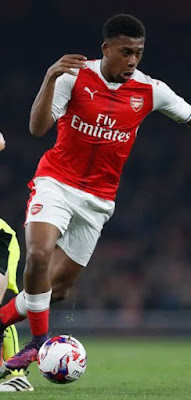 Alex Iwobi can be new Arsenal playmaker- coach Arsene Wenger says
