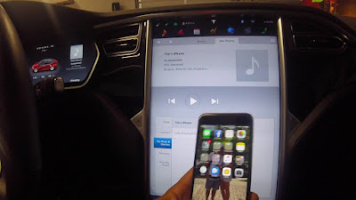 Tesla quiere su Spotify