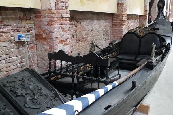 venise castello musée histoire navale pavillon navire gondole