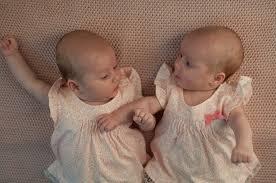 Fakta Di Sebalik Kelahiran Bayi Kembar