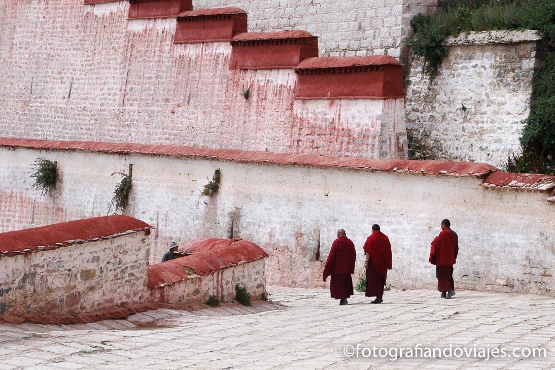 monasterio de Ganden en Tibet