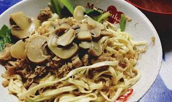 5 Kuliner Mie Paling Enak di Surabaya, Rasa Mengalahkan Segalanya