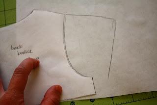patrón y tutorial de vestido de niña
