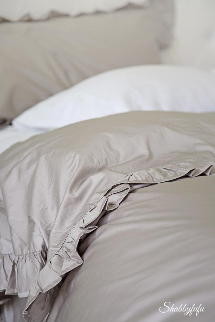 beautiful elegant bedding