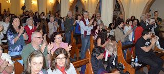Público se emociona com as interpretações do Coro Lírico Acrópolis