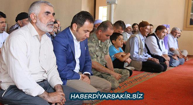 Diyarbakır Ergani'de 15 Temmuz şehitleri için hatim programı