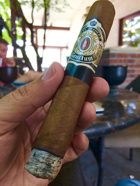 Alec Bradley Sanctum Gordo cigar 2