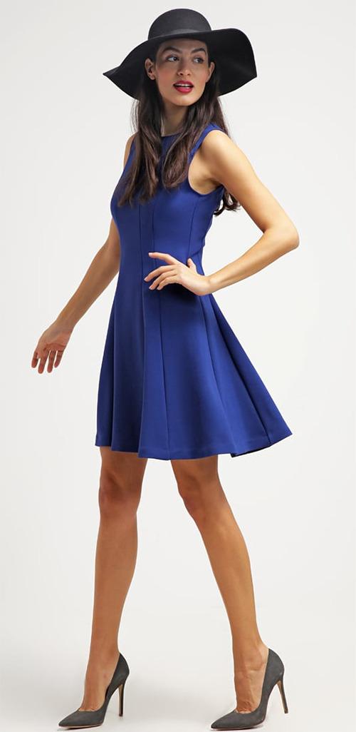 Robe courte d'été bleue Sisley