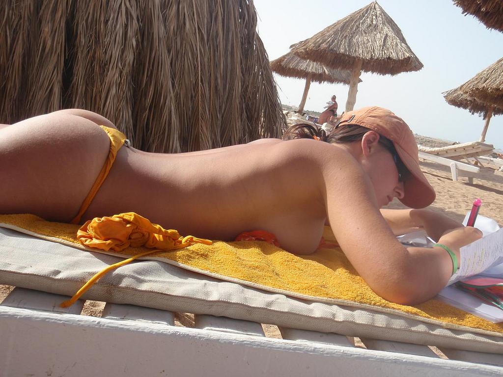 ню пляжное фото