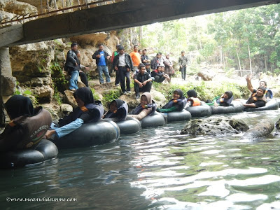 yogyakarta gua pundul cave tubing