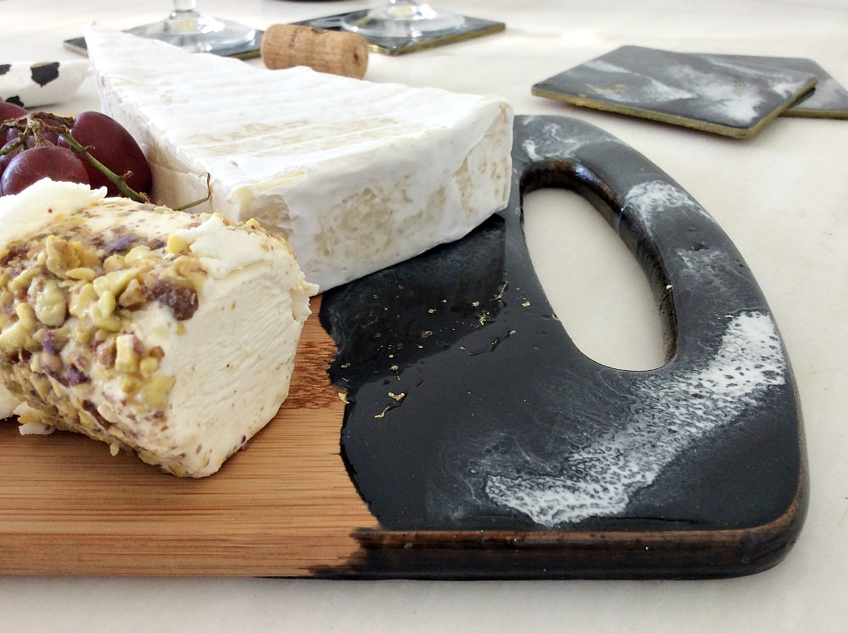 Marble coasters and cheeseboard with epoxy resin