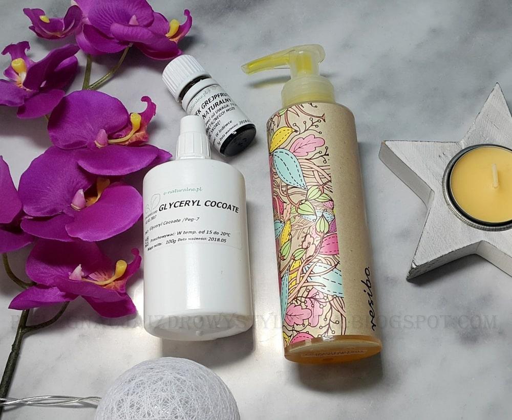 Jak zrobić olejek myjący do twarzy DIY?