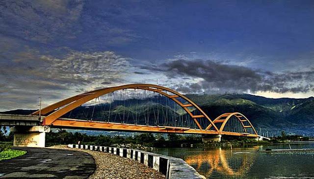 jembatan kuning palu | wisata palu