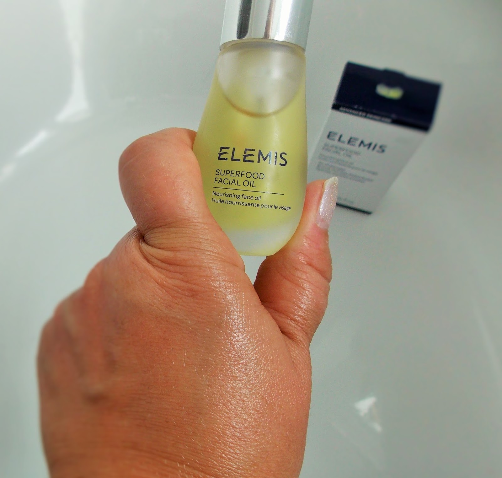 elemis superfood facial oil the glow is evident on my hand