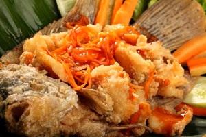 Cara Membuat Ikan Nila Goreng Crispy Mudah
