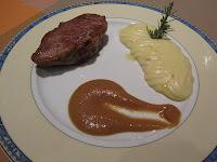 Menu Castanyada 2010, Presa Iberica con parmentier de patata al romero y salsa glase pedro Ximenez