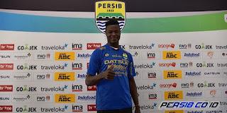 Ezechiel Mengaku Nyaman di Persib Bandung