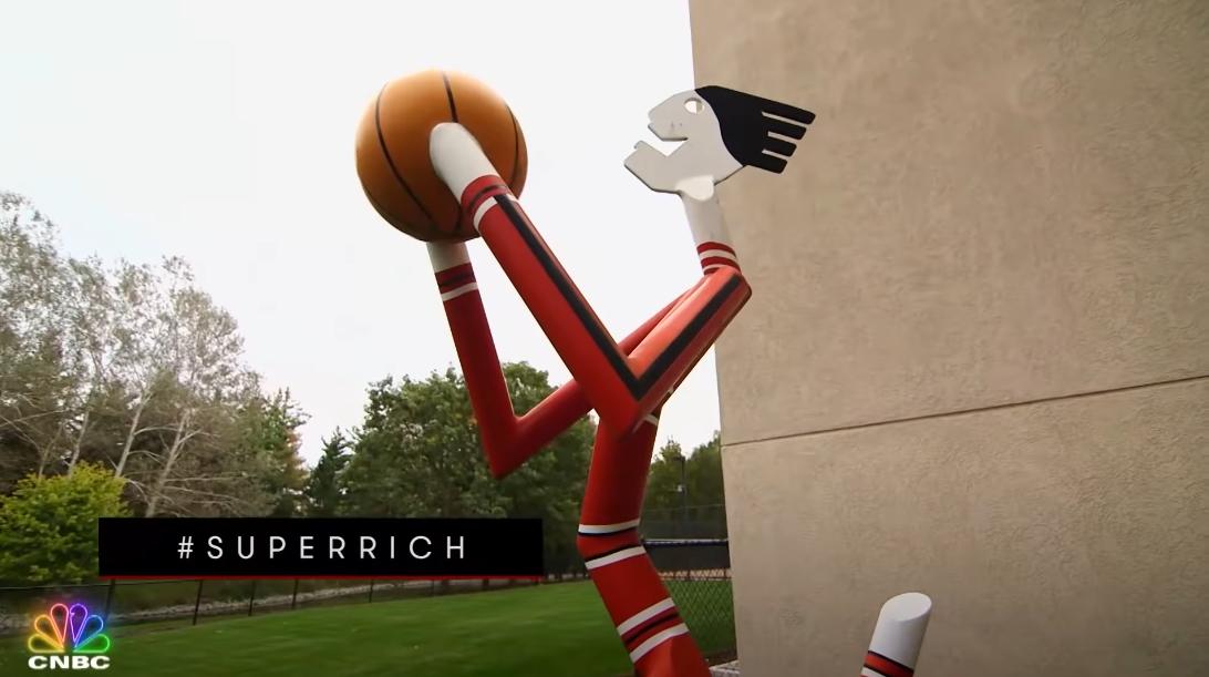 66 Interior Design Photos vs. Michael Jordan's Chicago & Bel Air Mega-Mansions Tour | Secret Lives of The Super Rich