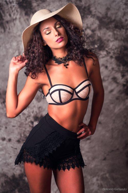 Antonio Girlando 500px arte fotografia mulheres modelos fashion cabelos encaracolados