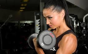 sporta uzturs sievietēm