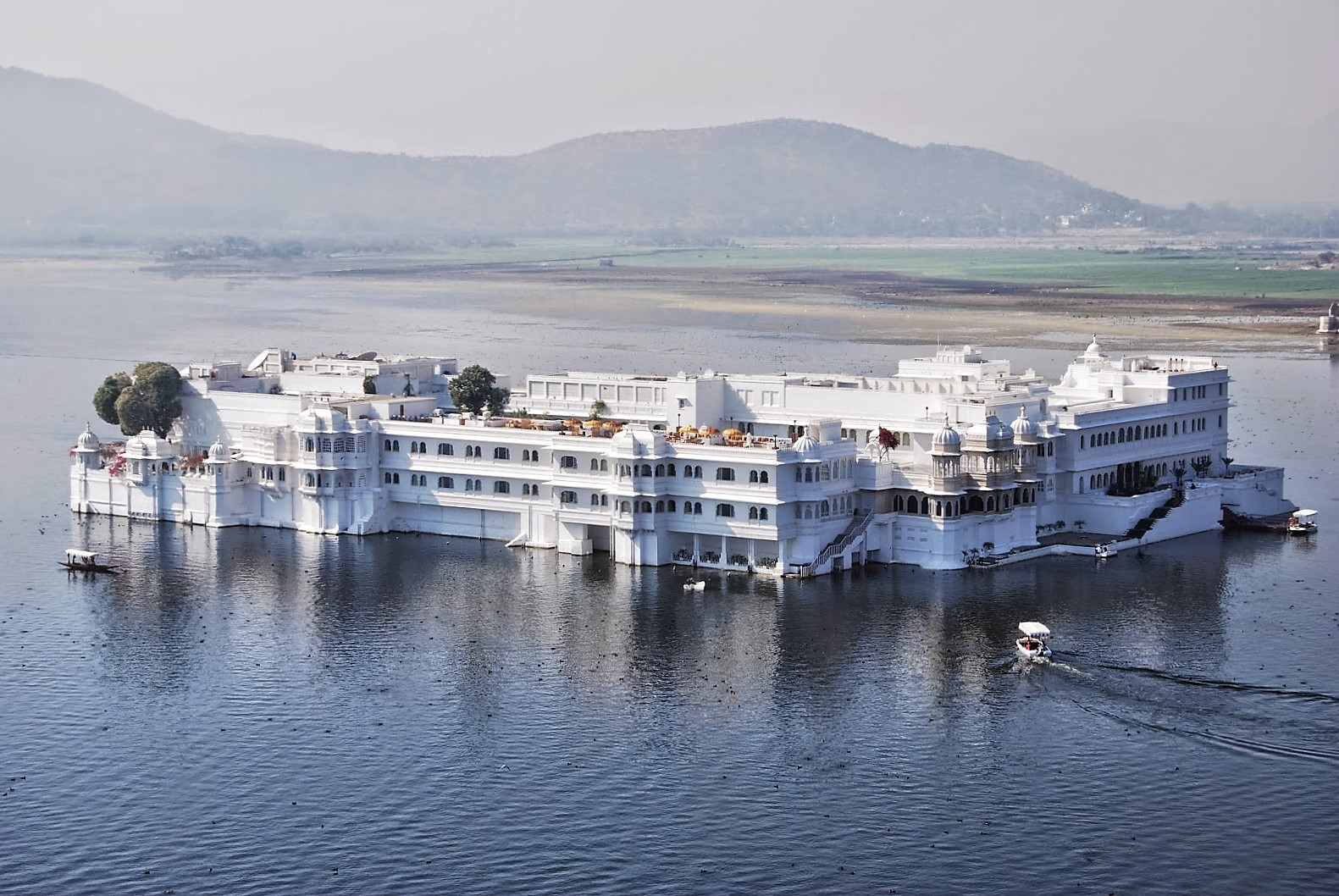 Trip to Udaipur in Rajasthan during Independence Day wallpapers images