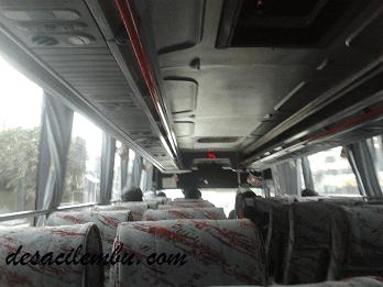 8 Cara Menikmati Perjalanan Naik Bus Ekonomi