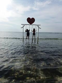 Sewa Mobil Ke Pantai Pink Lombok