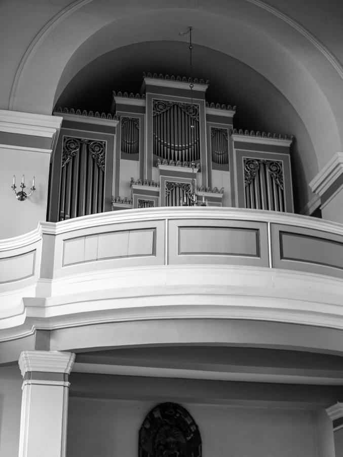 Blog + Fotografie by it's me! | fim.works | SchwarzWeissBlick No 20 | klassizistische Kirche von Schinkel | Orgelschiff