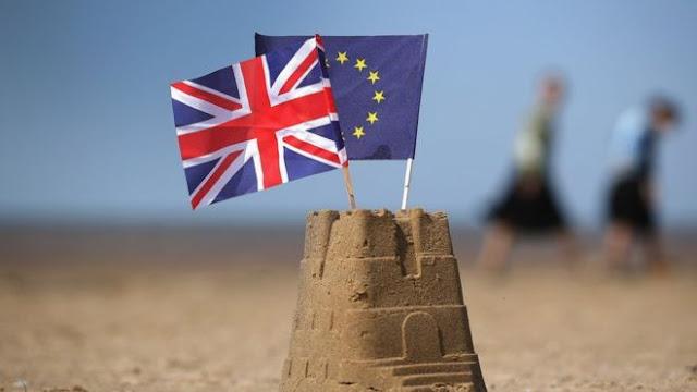 Ministros apoyan a May por el Brexit pero crece la rebelión conservadora para desbancarla