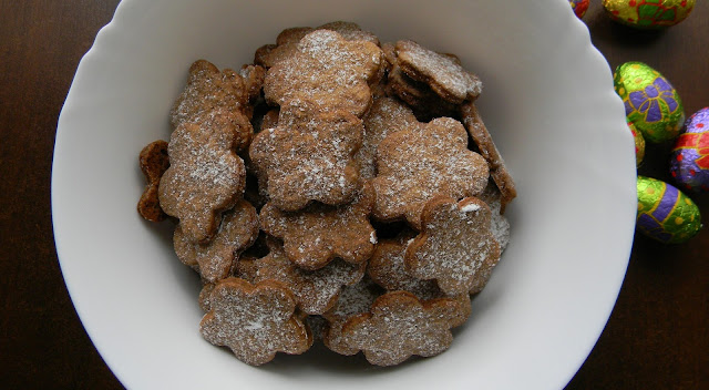 Chrupiące ciasteczka korzenne