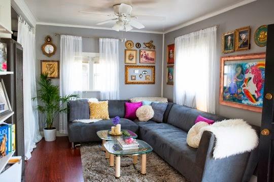 77 desain ruang keluarga minimalis terbuka lesehan