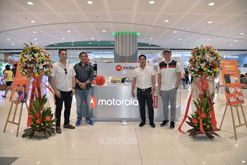 Motorola Opens SM MOA Kiosk, The Company's 3rd Exclusive Outlet In PH