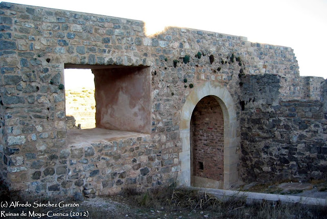 moya-cuenca-puerta-san-juan-restauracion