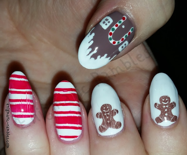 gingerbread-men-house-nails-nail-art