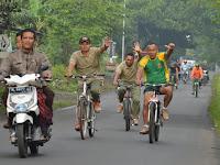 Kepala Staf Divif 2 Kostrad Pimpin Prajurit Bersepeda Santai