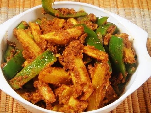Aloo Parwal Ki Sabzi Hindi Recipe