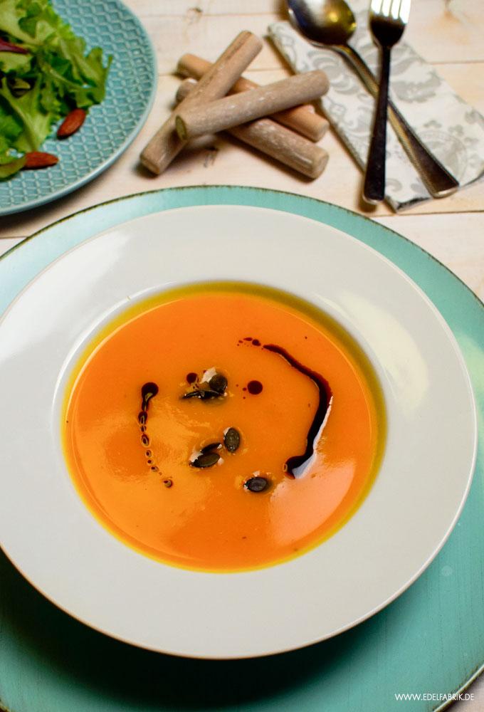 Rezept für eine leckere Suppe aus Hokaido Kürbis