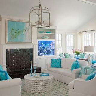 sala en blanco y turquesa