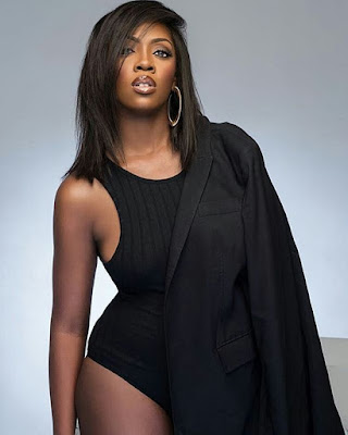 , Awwh! Sexy Tiwa Savage Show Off Curve In Ella Magazine, South Africa, Latest Nigeria News, Daily Devotionals & Celebrity Gossips - Chidispalace